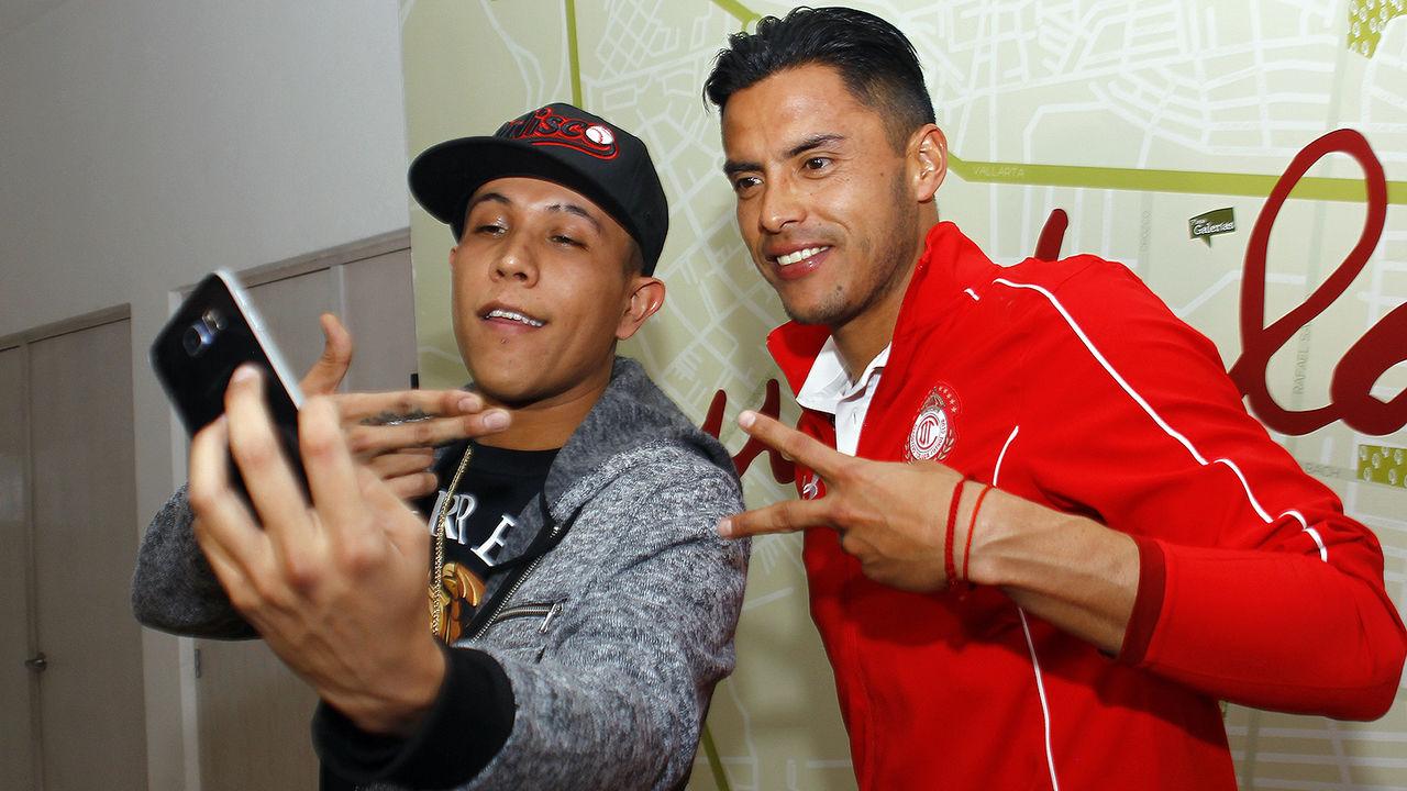 "Tala"" y C-Kan, juntos - Deportivo Toluca F.C."